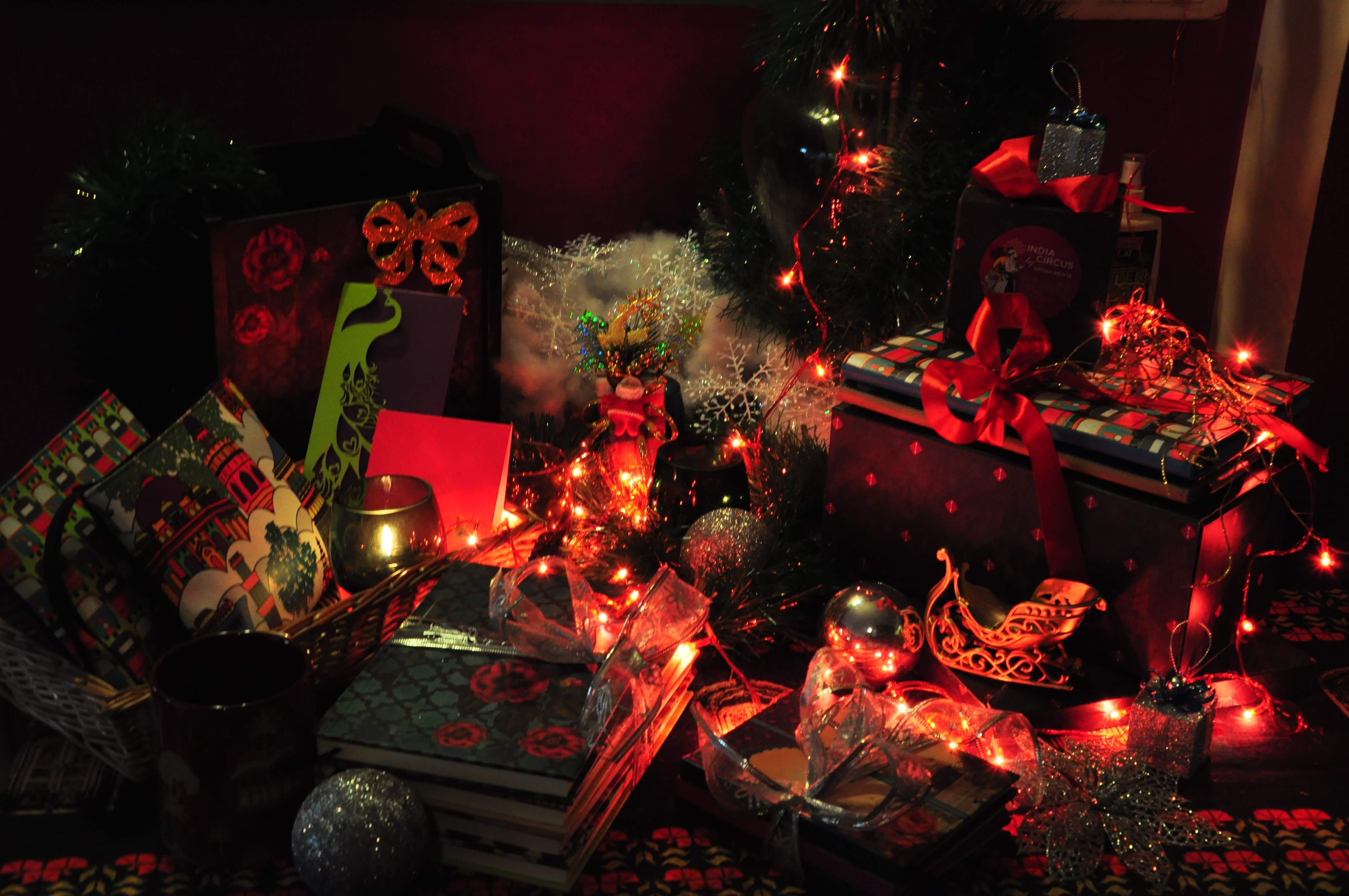 Ten tips for doing up your home this Christmas.
